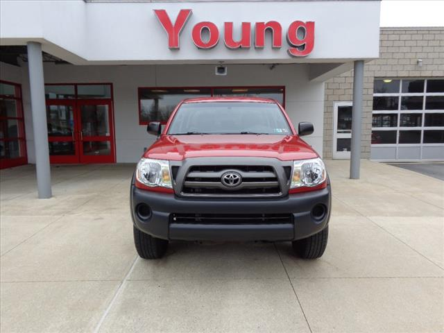 Pre-Owned 2009 Toyota Tacoma DOUBLECAB