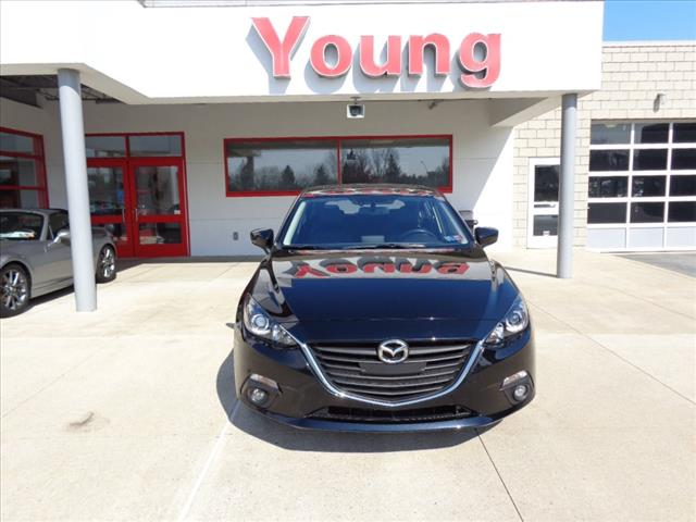Pre-Owned 2016 Mazda3 i Grand Touring