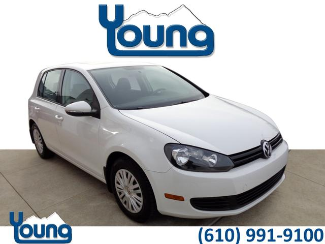 Certified Pre-Owned 2013 Volkswagen Golf 2.5L